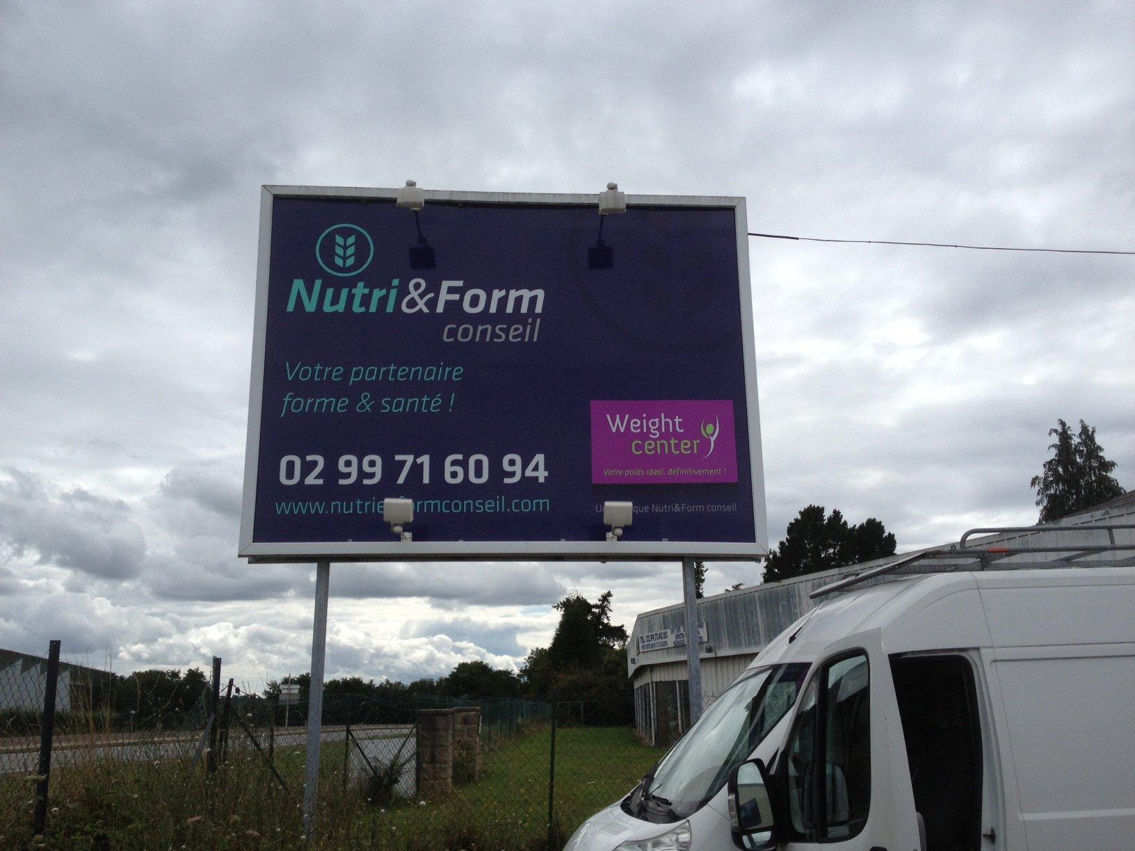 Enseigne Nutri&Form conseil 4x3 m - decograph publicite
