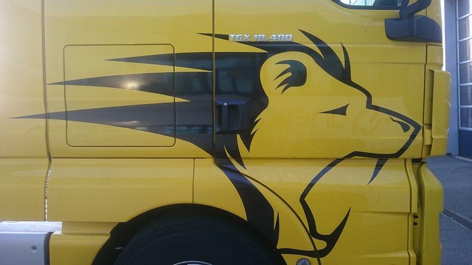 Decograph Publicite Rennes - Camion man 1