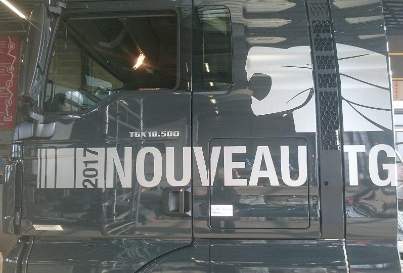 Decograph Publicite Rennes - Camion man 2